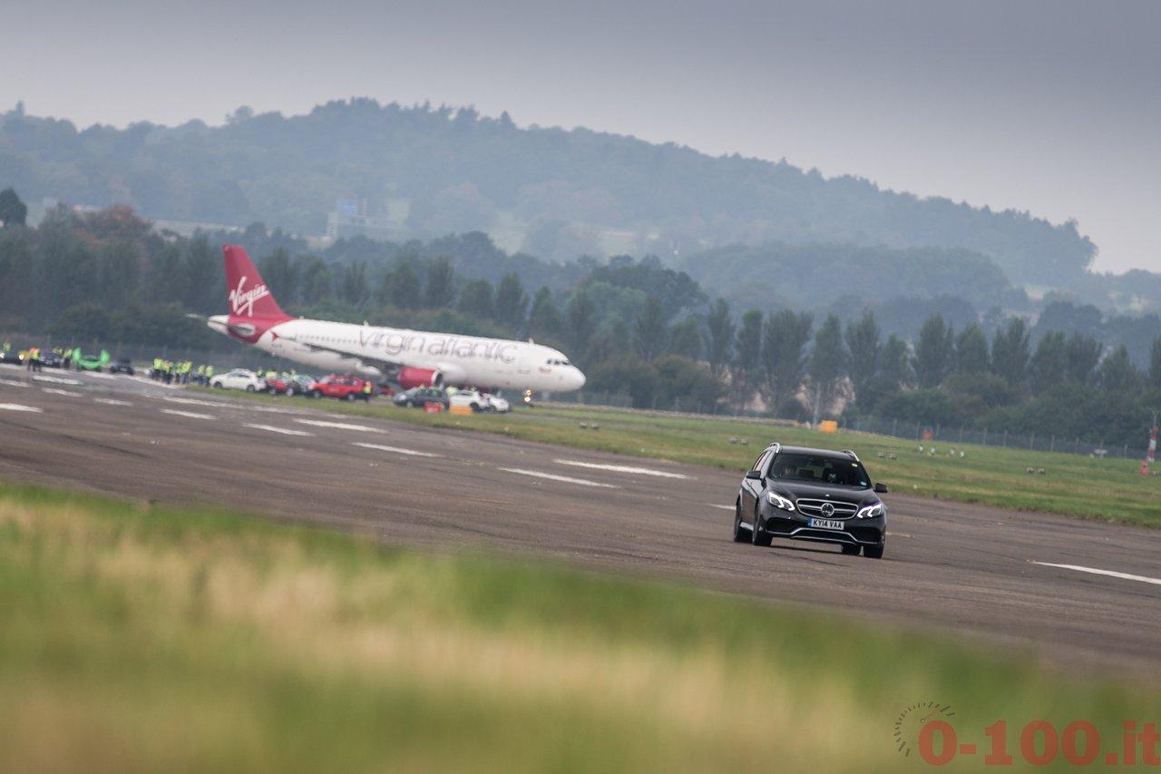 frace-the-runway-mercedes-amg-petronas-f1w103_0-100_5