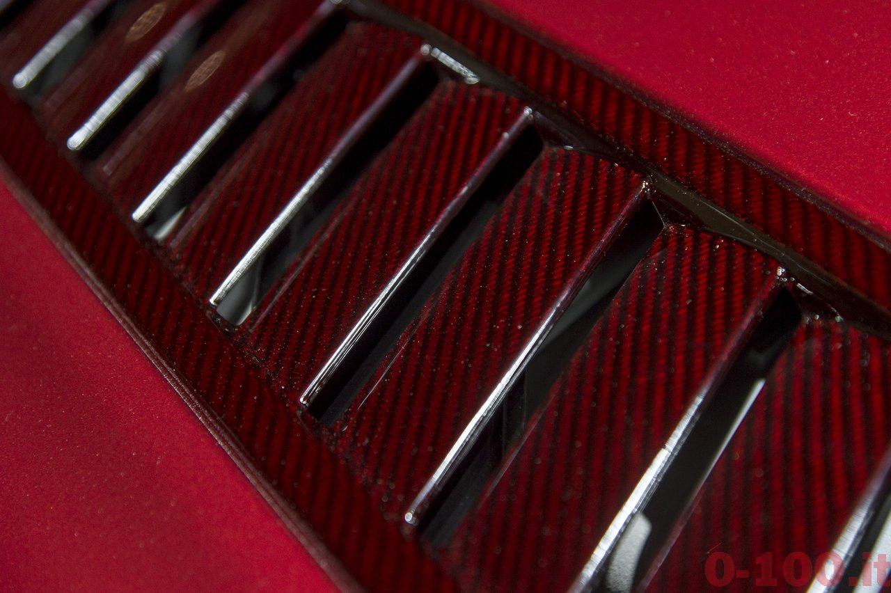 aston-martin-v12-vantage-s-roadster-2015_0-100_4