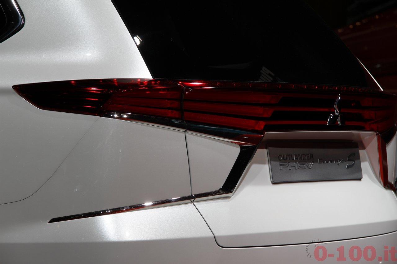 parigi-paris-2014-mitsubishi-outlander-PHEV-concept-s-100_23