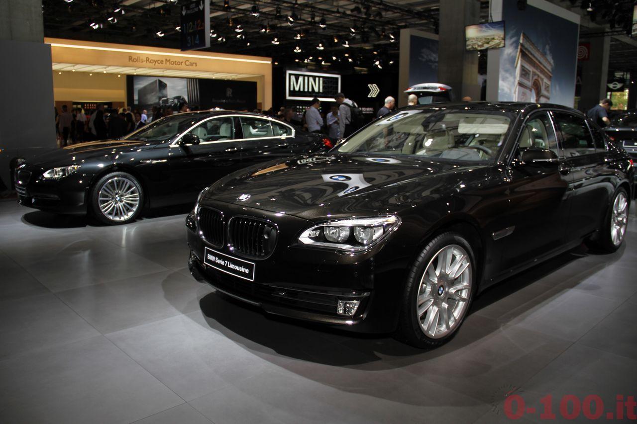 paris-autoshow-2014-salone-parigi-bmw-m4-serie-2-cabriolet-i3-i8-x6-x3-x5_0-100_30