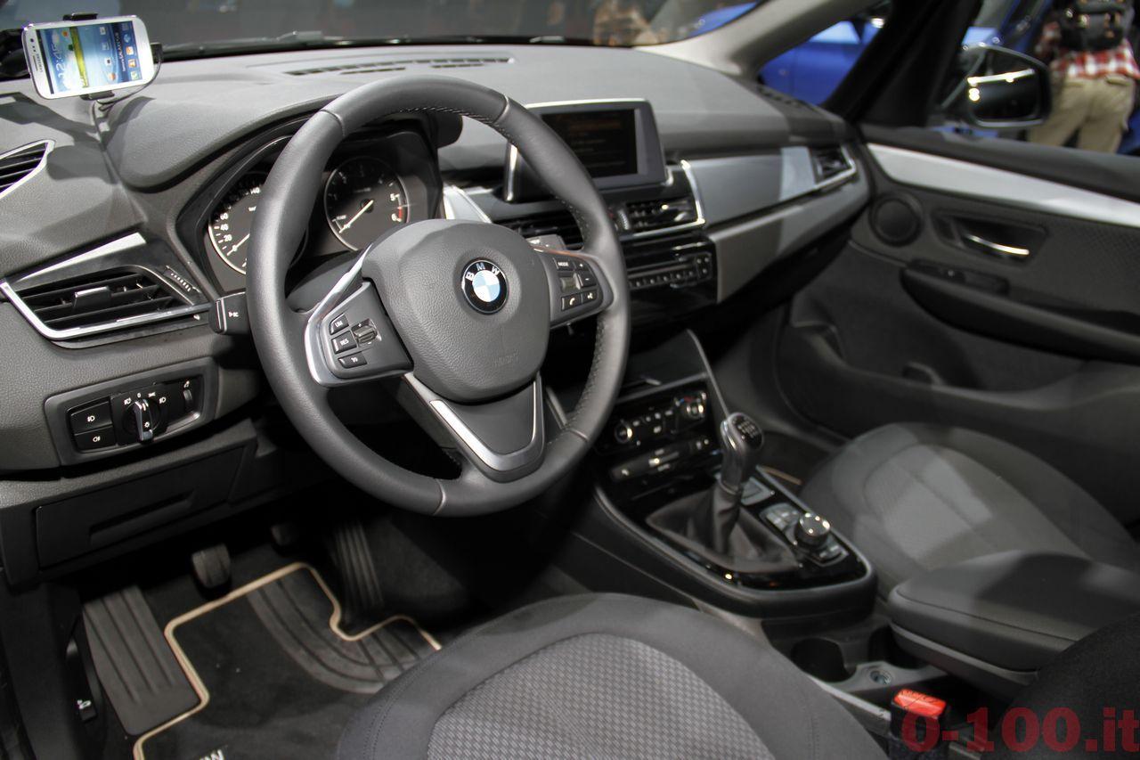 paris-autoshow-2014-salone-parigi-bmw-m4-serie-2-cabriolet-i3-i8-x6-x3-x5_0-100_37