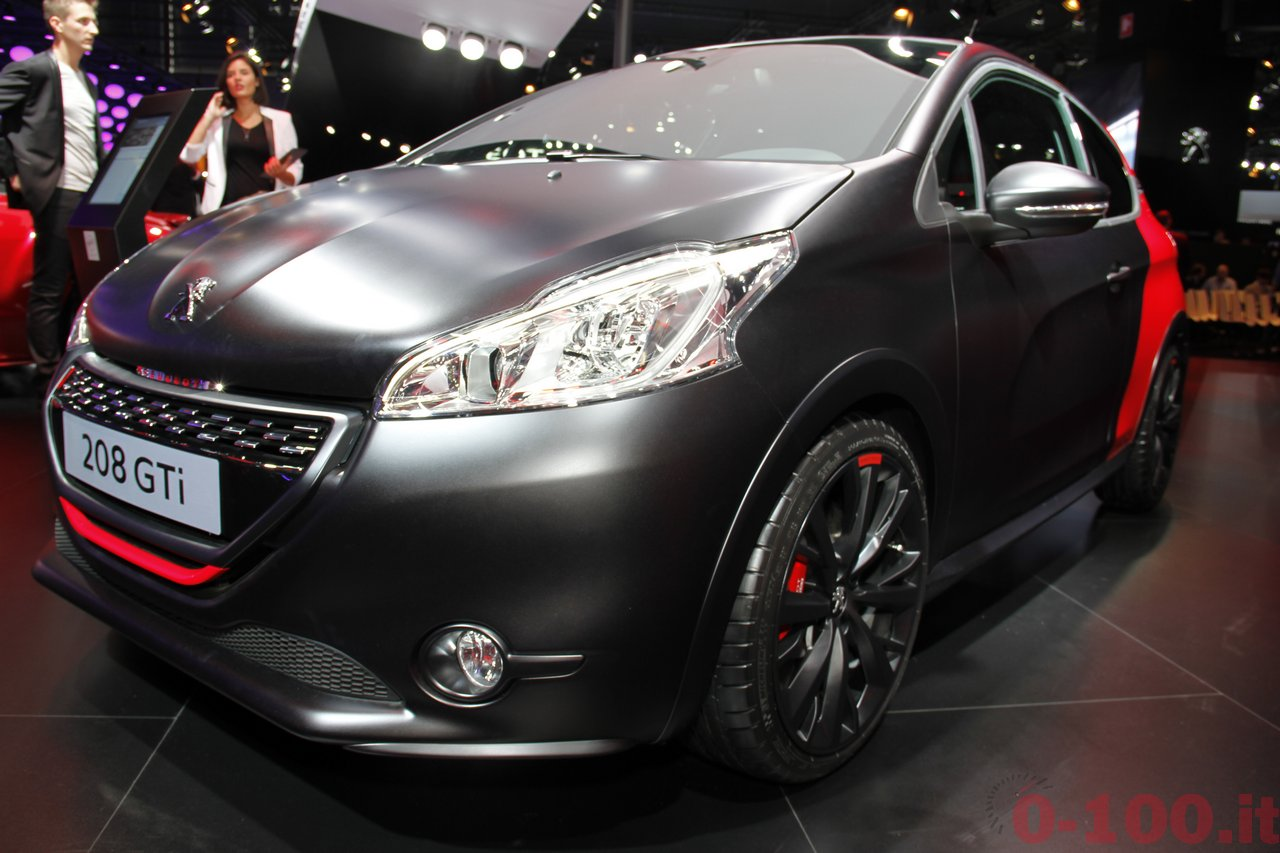 salone-parigi-paris-autoshow-2014-peugeot-208-gti-30th_2