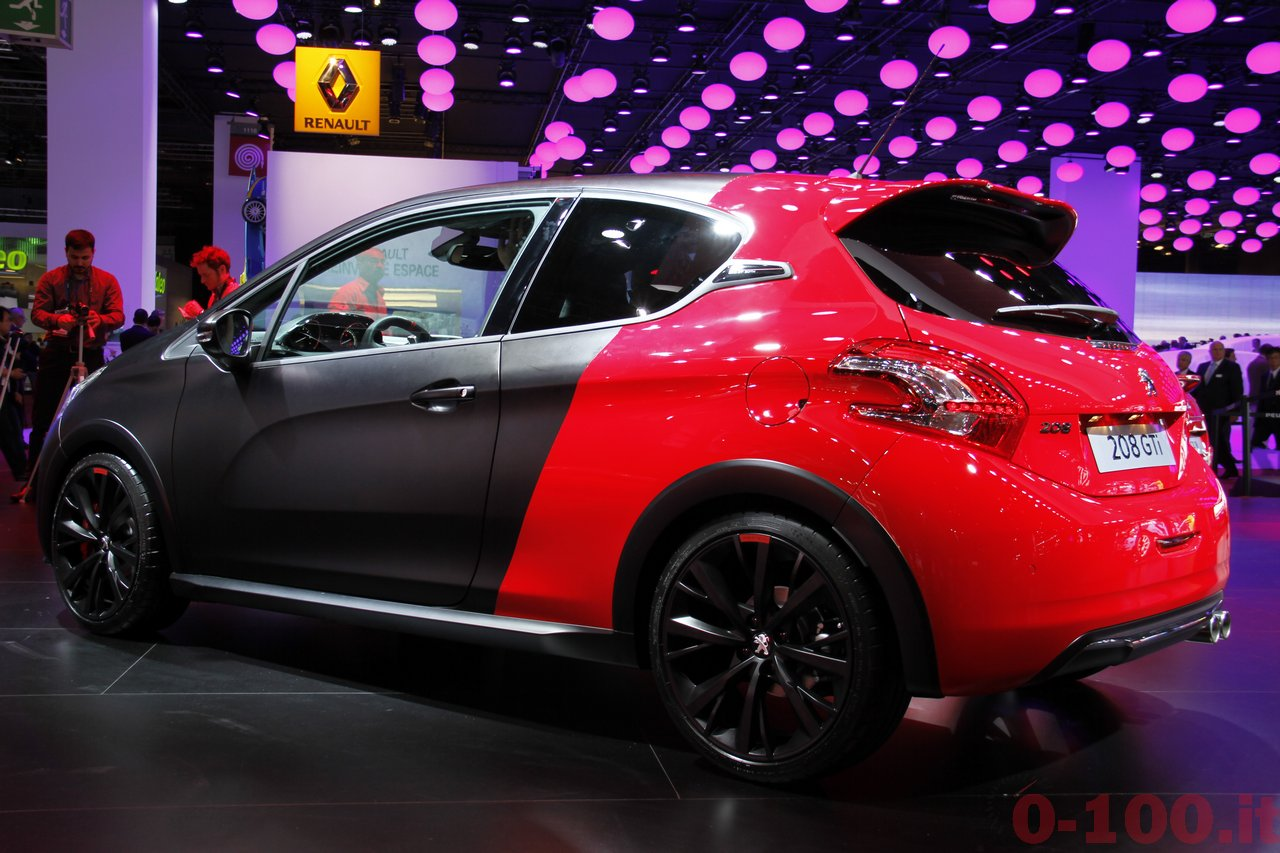 salone-parigi-paris-autoshow-2014-peugeot-208-gti-30th_4