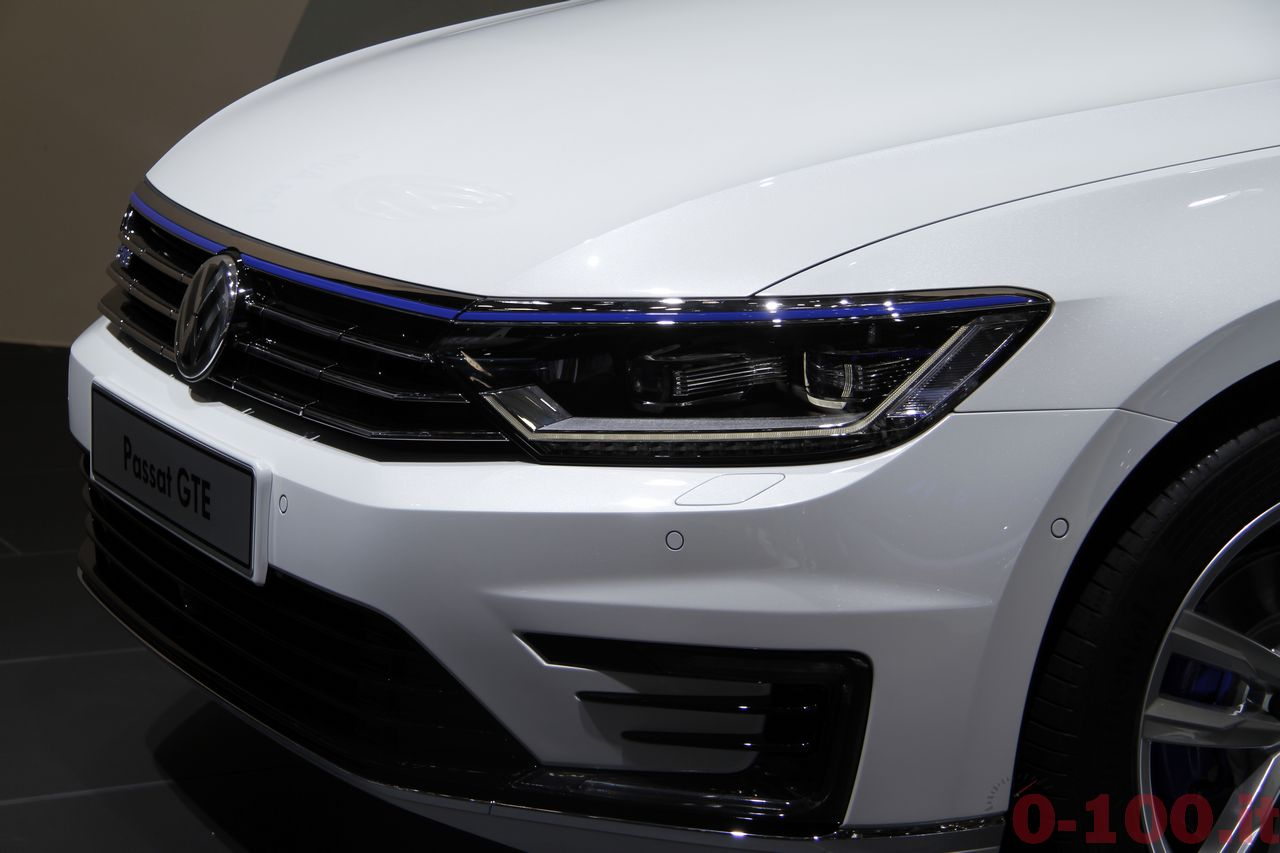 salone-parigi-paris-autoshow-2014-volkswagen-passat-variant-GTE-2015-0-100_2