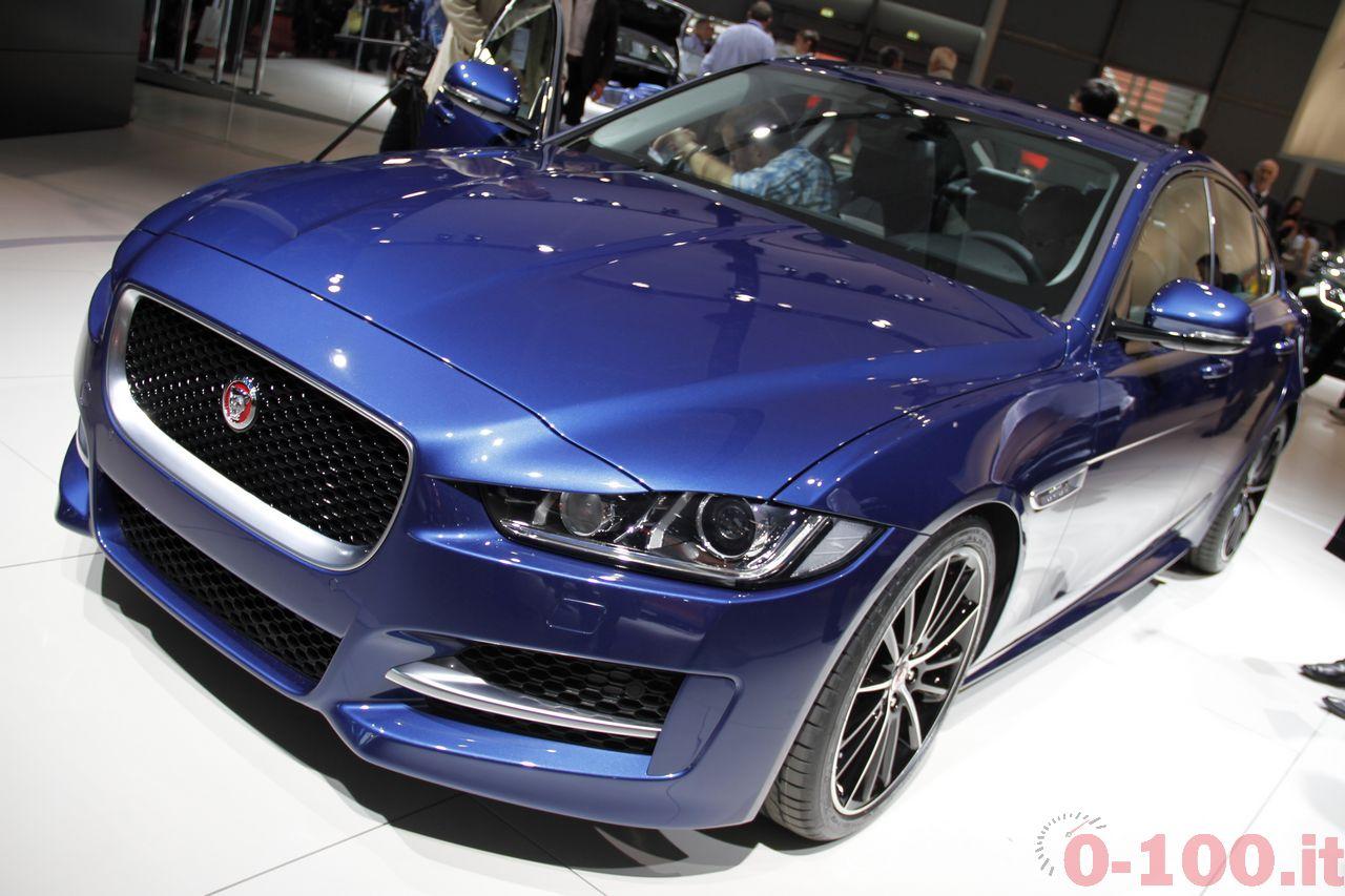 salone-parigi-paris-autoshow-jaguar-xe-f-type_0-100_10
