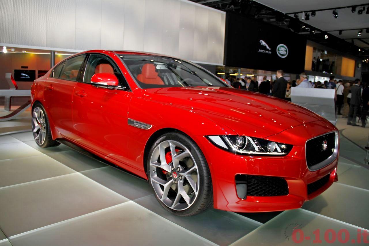 salone-parigi-paris-autoshow-jaguar-xe-f-type_0-100_2