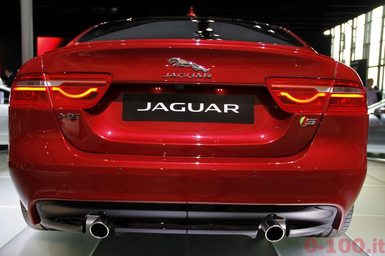 salone-parigi-paris-autoshow-jaguar-xe-f-type_0-100_7