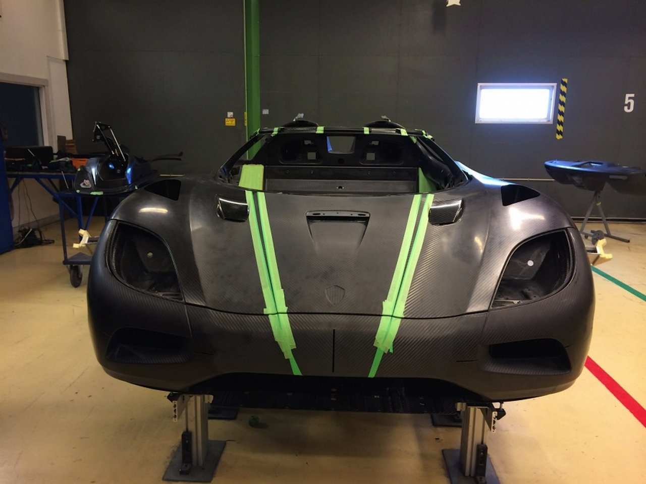 koenigsegg-one-1-right-hand-drive-0-100_21