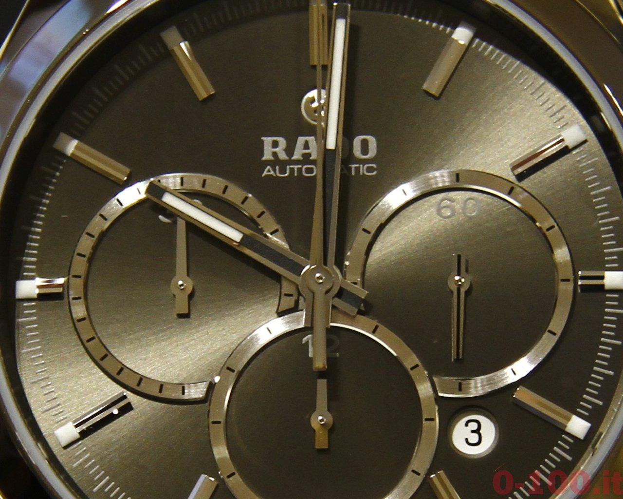 watch-test-rado-hyperchrome-automatic-chronograph-plasma-ceramic-0-100_46
