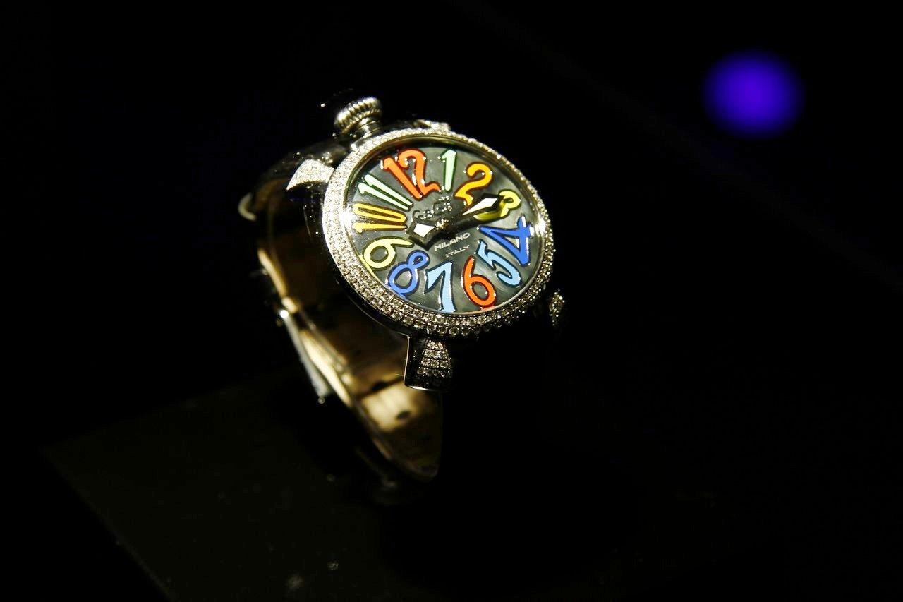 gaga-milano-orologio-watch-festa-10-anni-0-100_12