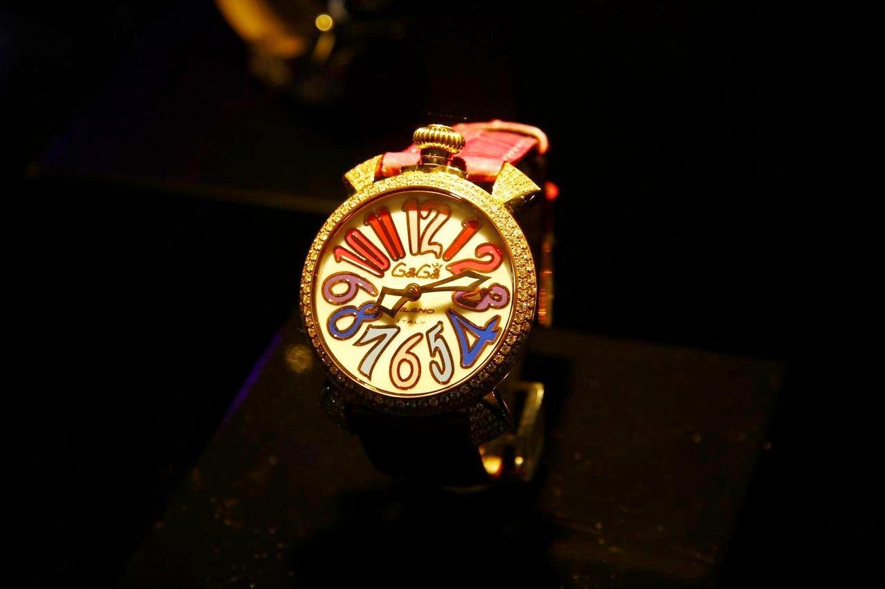 gaga-milano-orologio-watch-festa-10-anni-0-100_9