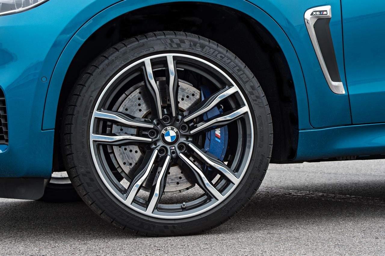 BMW-X6-M-2015_0-100_30