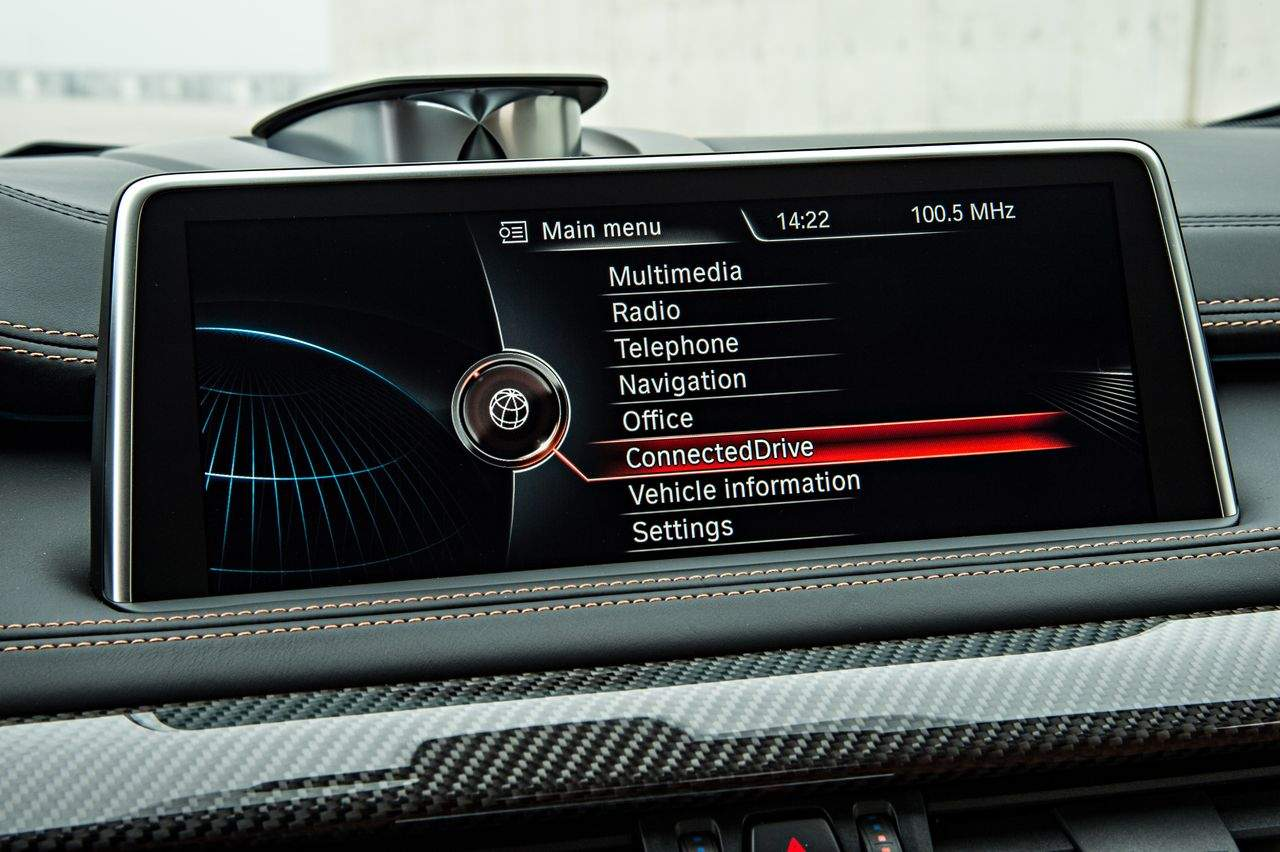 BMW-X6-M-GmbH-2015_0-100_163