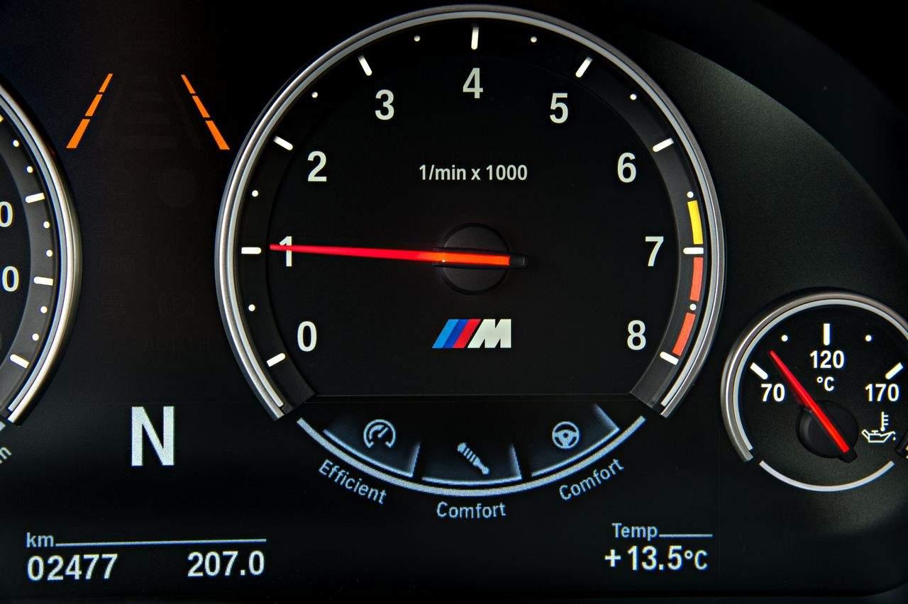 BMW-X6-M-GmbH-2015_0-100_168