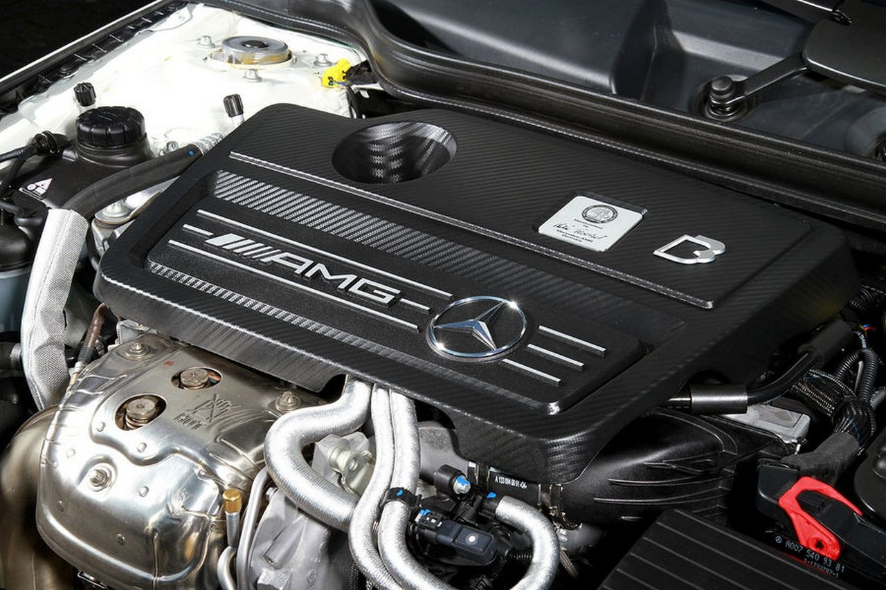 bb-mercedes-benz-cla-45-amg_0-100_10
