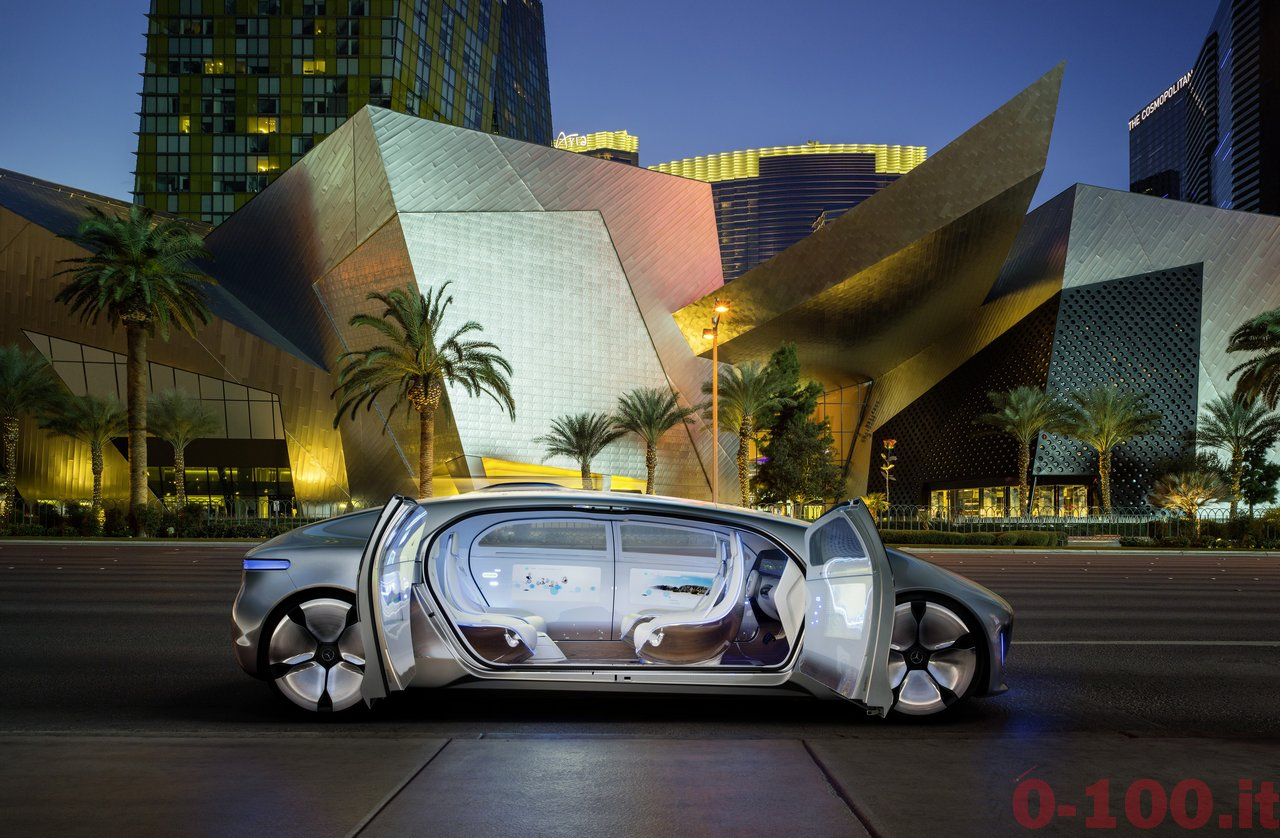 ces-2015-mercedes-benz-f-015-luxury-in-motion-0-100_13