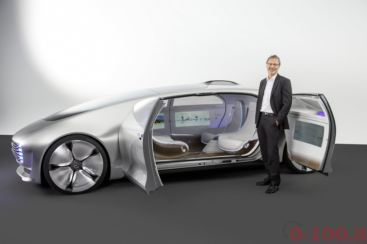 ces-2015-mercedes-benz-f-015-luxury-in-motion-0-100_32