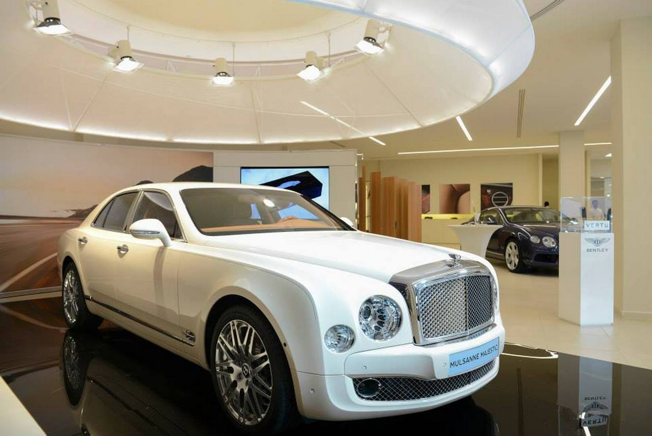 novita-bentley-mulsanne-majestic-0-100_2