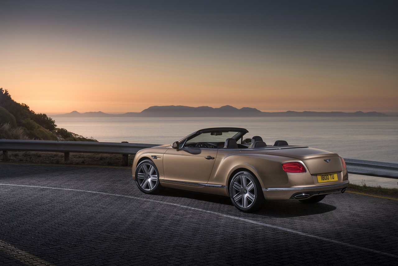 Bentley Continental GT Cabriolet Photo: James Lipman / jameslipman.com