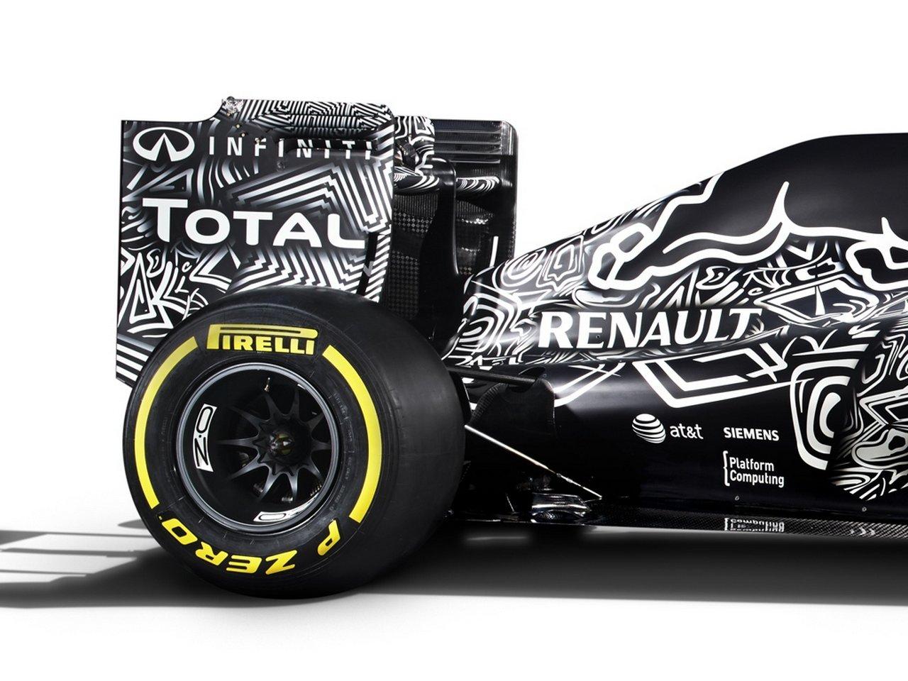 infiniti-red-bull-racing-rb-11-2015-formula-1-Daniil-Kvyat-Daniel-Ricciardo_0-100_12