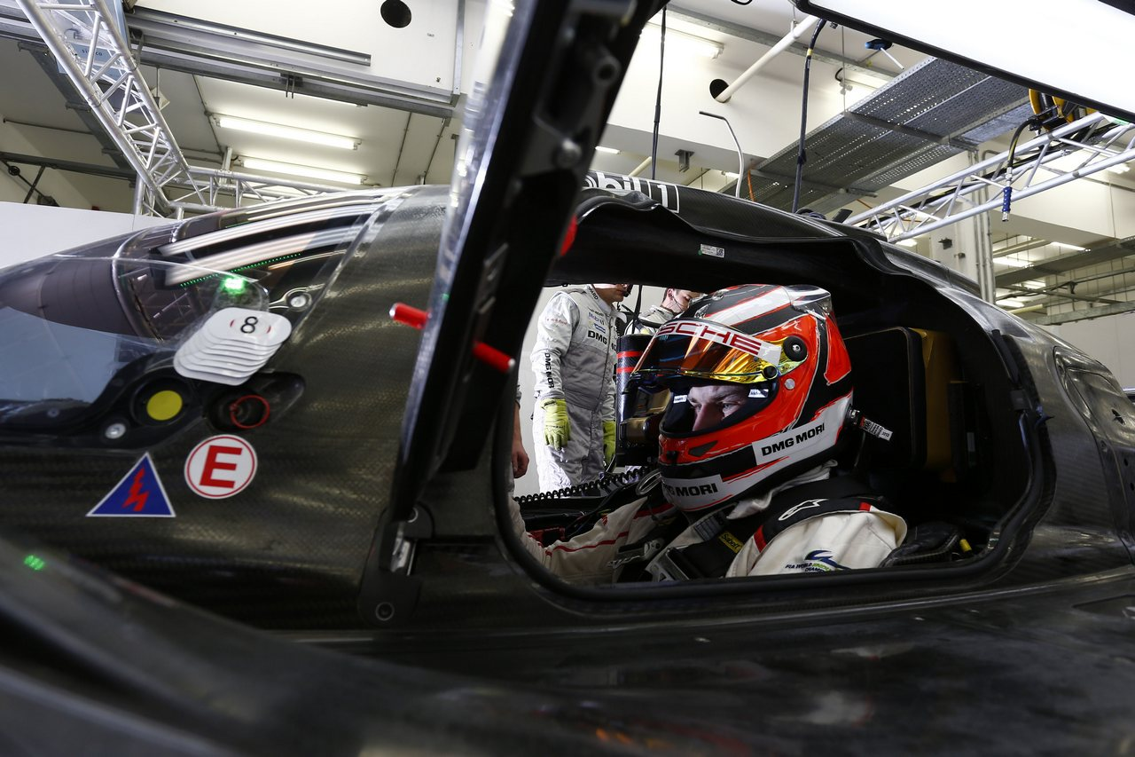 2015 Porsche 919 Hybrid, Porsche Team: Nico Huelkenberg
