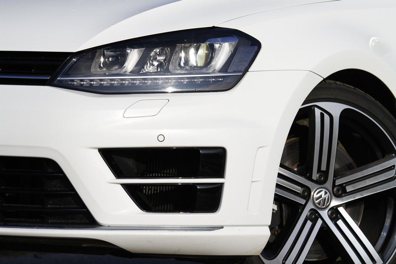 volkswagen-golf-r-0-100-test-drive-prezzo-price-drive-impressions_11