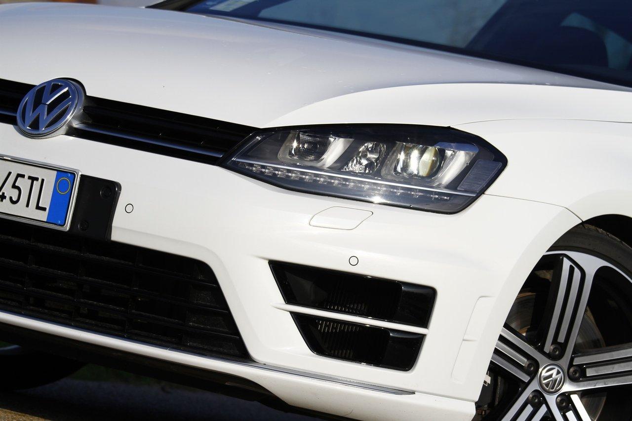 volkswagen-golf-r-0-100-test-drive-prezzo-price-drive-impressions_12