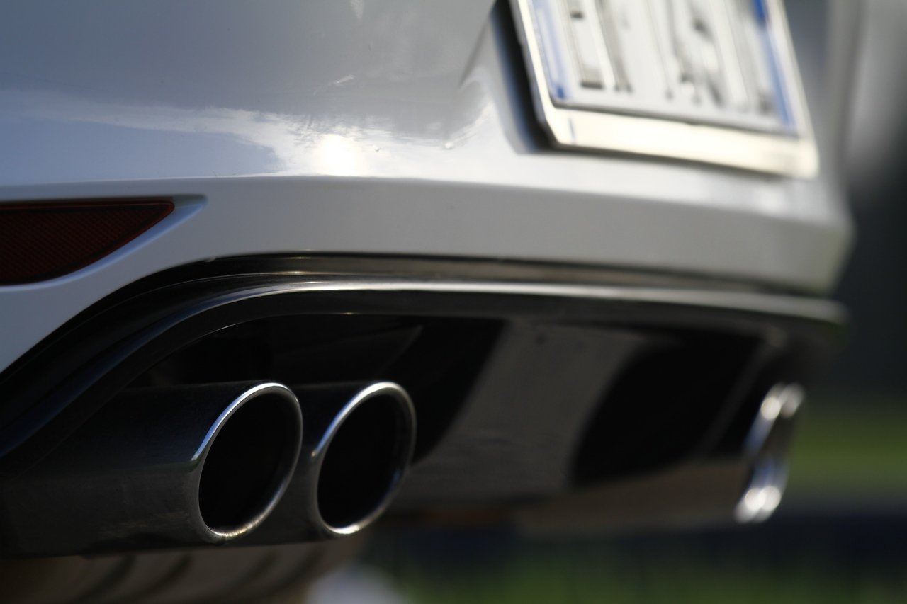 volkswagen-golf-r-0-100-test-drive-prezzo-price-drive-impressions_16