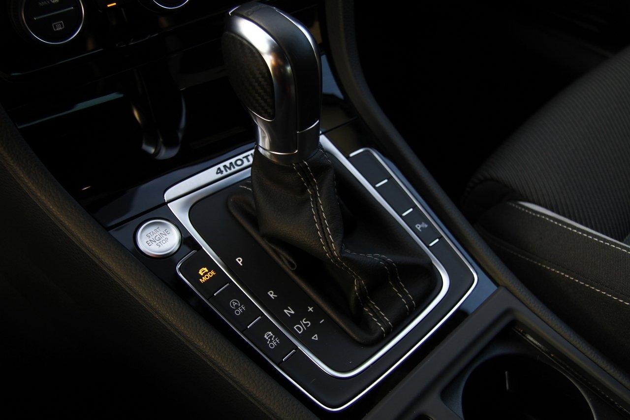 volkswagen-golf-r-0-100-test-drive-prezzo-price-drive-impressions_21