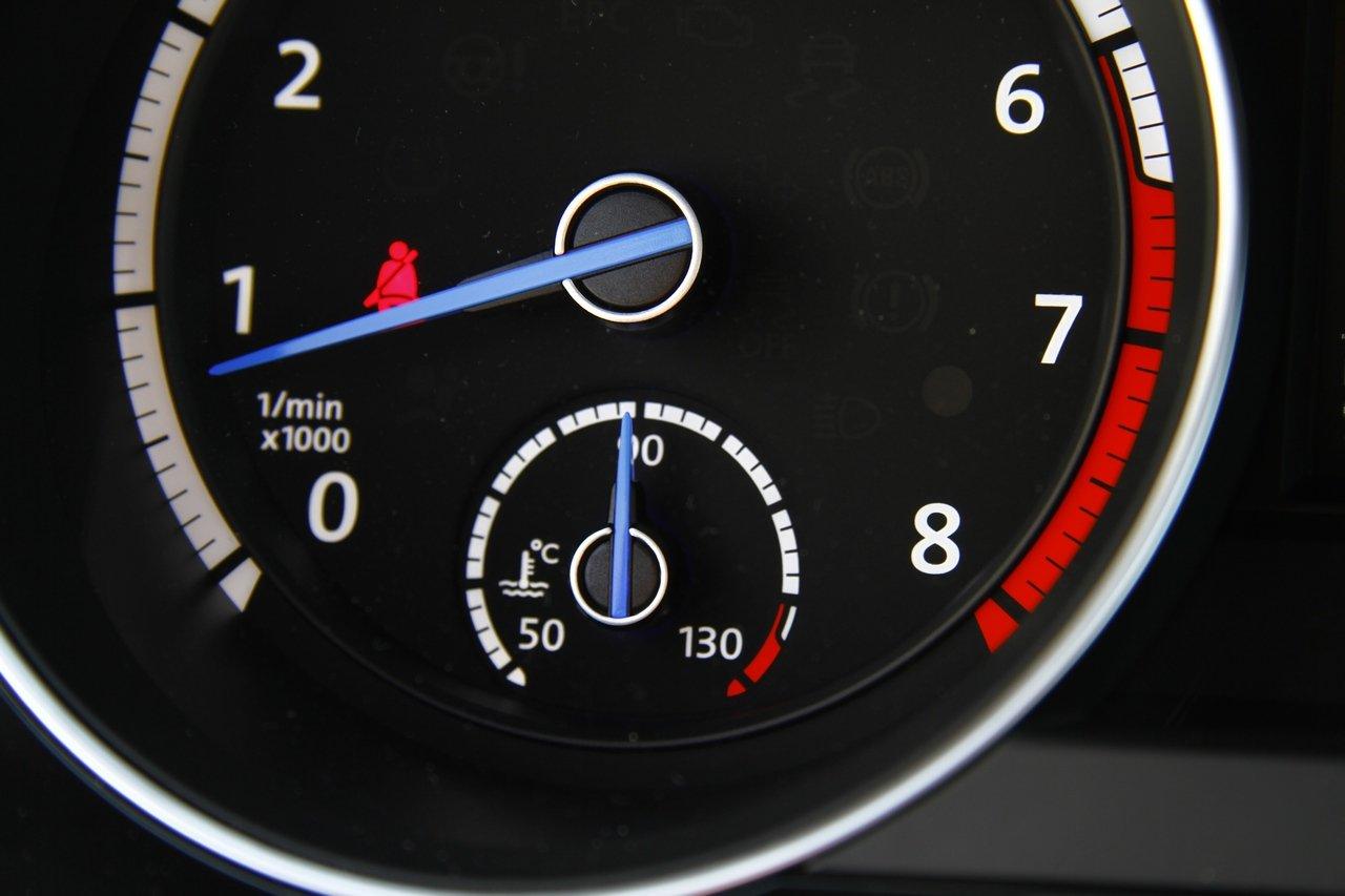 volkswagen-golf-r-0-100-test-drive-prezzo-price-drive-impressions_25
