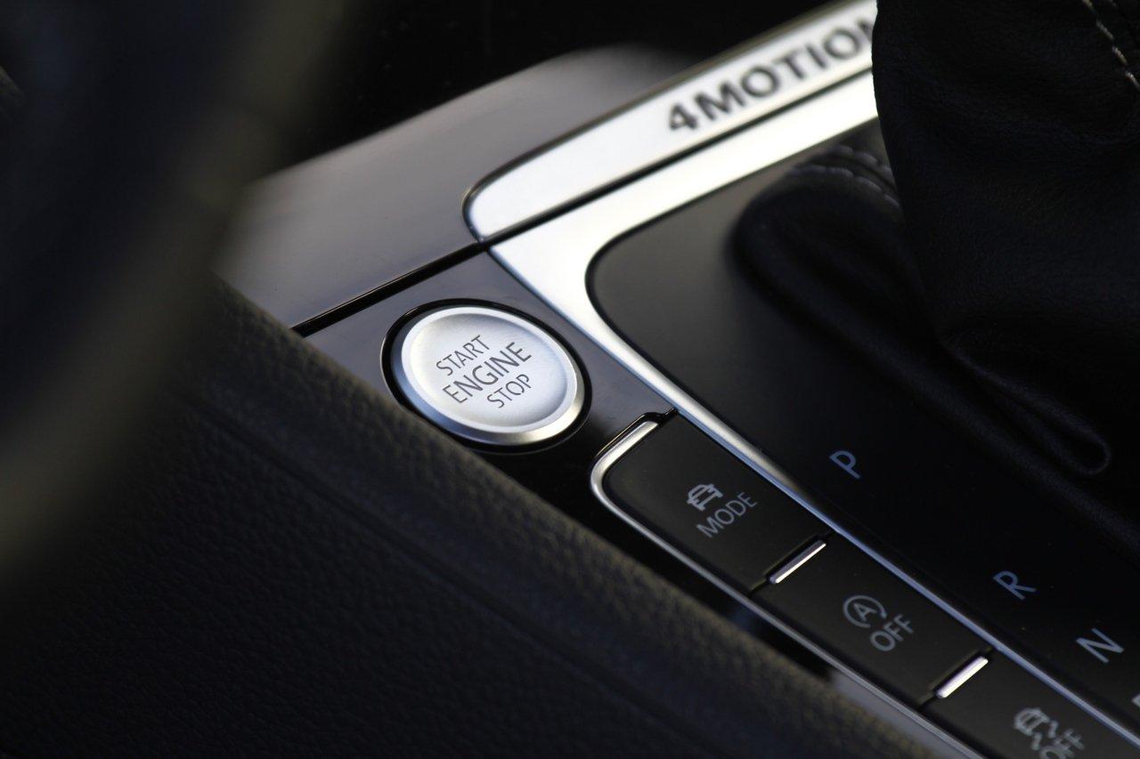 volkswagen-golf-r-0-100-test-drive-prezzo-price-drive-impressions_29