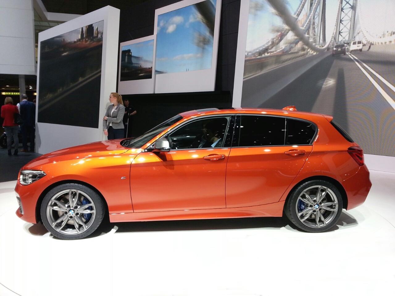 Ginevra-geneva-2015-BMW-serie-1-0-100_152