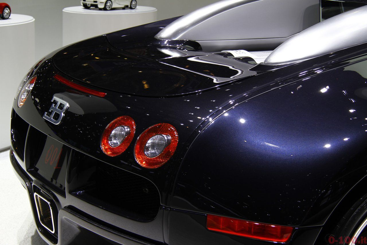 Ginevra-geneva-2015-Bugatti-veyron-number-1-2005-0-100_5