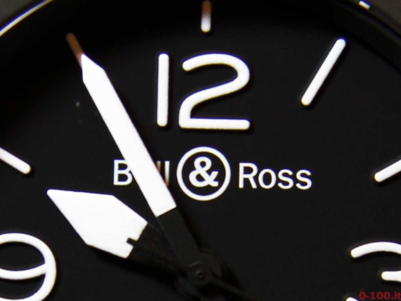 baselworld-2015-bell-ross-br-01-10th-0-100_6