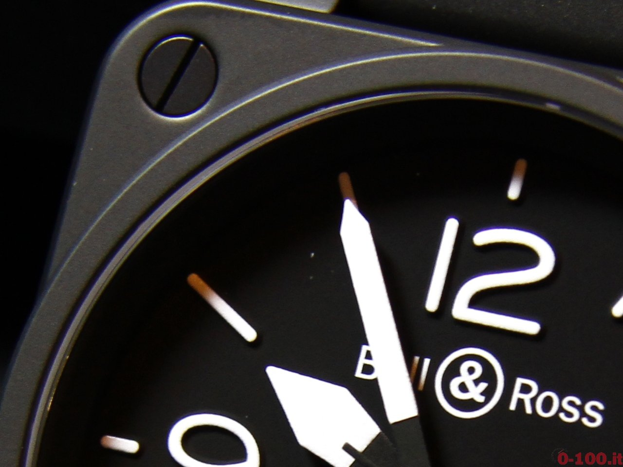 baselworld-2015-bell-ross-br-01-10th-0-100_7