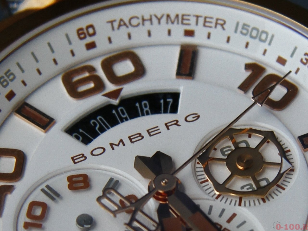 baselworld-2015-bomberg-bolt-68-chrono-neon-white-0-100_10
