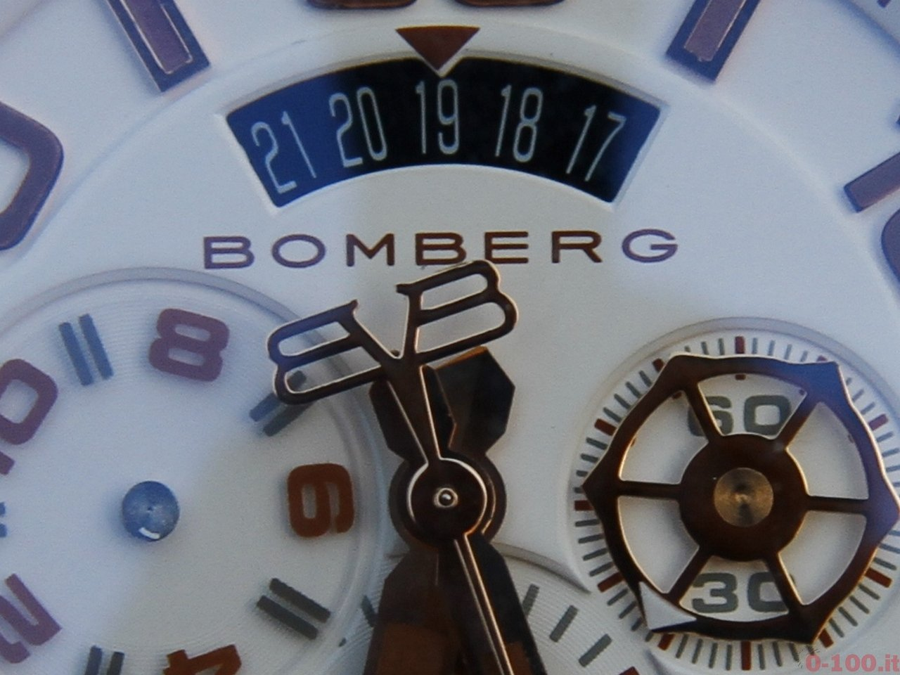 baselworld-2015-bomberg-bolt-68-chrono-neon-white-0-100_12