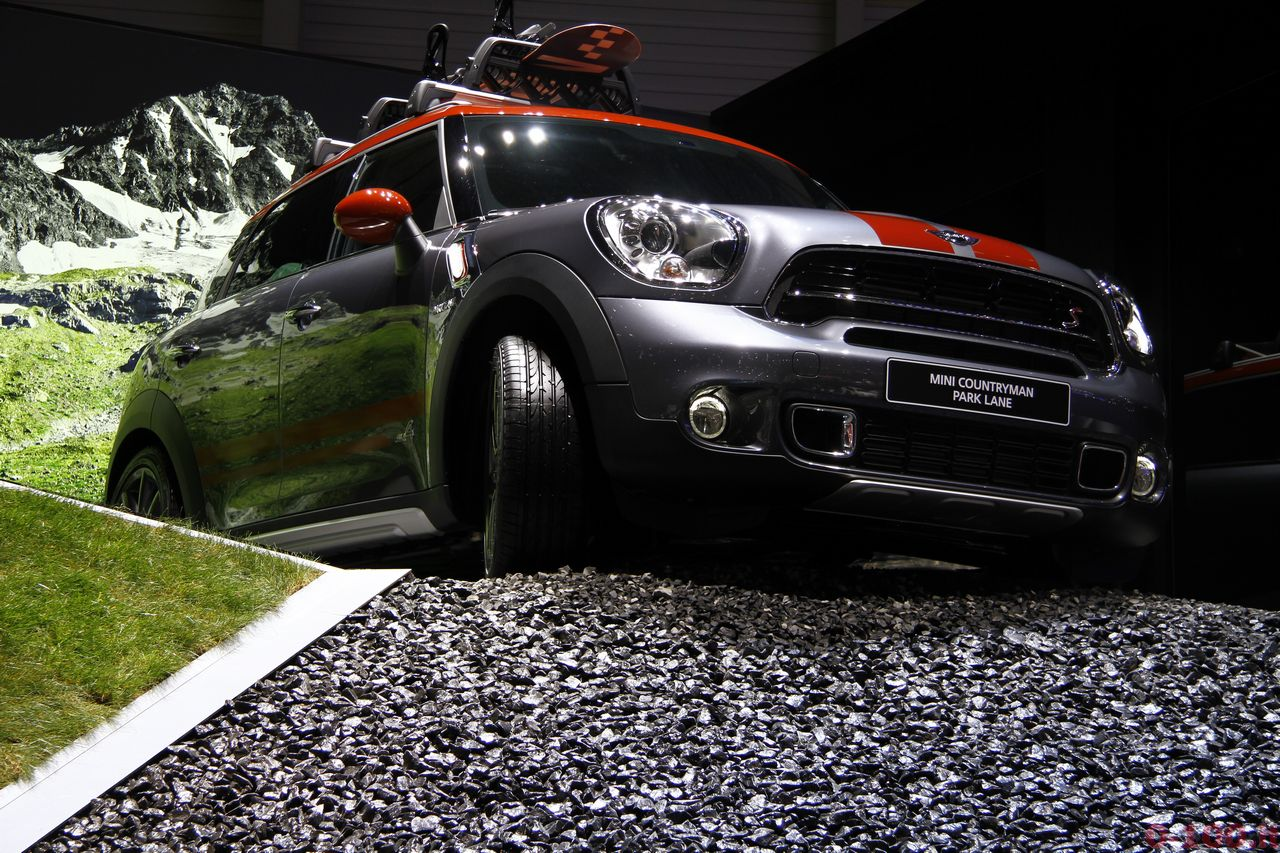 ginevra-geneva-2015-MINI-Countryman-Park-Lane-gt-0-100_6
