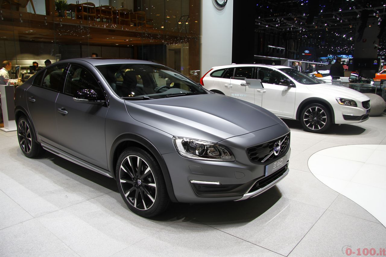 ginevra-geneva-2015-volvo-s60-v60-cross-country-0-100_1
