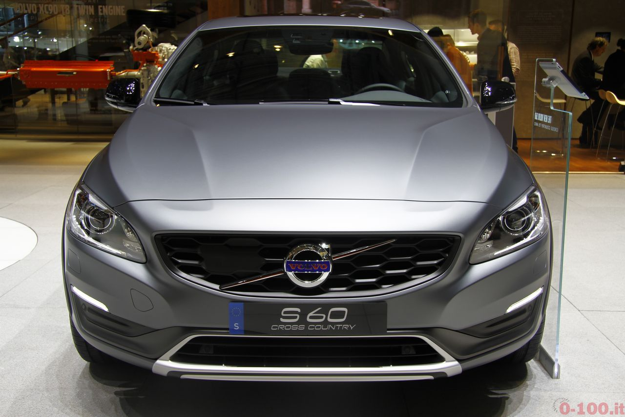 ginevra-geneva-2015-volvo-s60-v60-cross-country-0-100_4