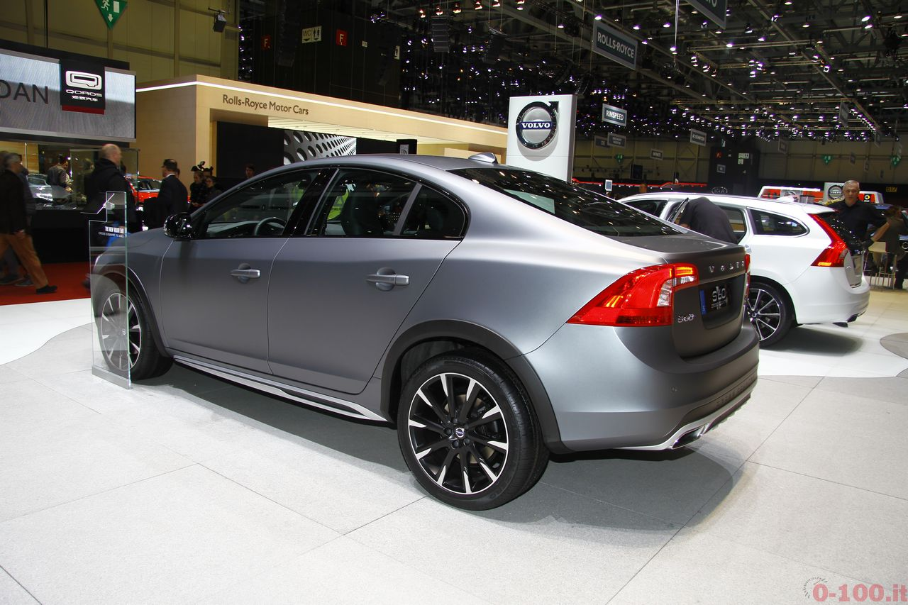 ginevra-geneva-2015-volvo-s60-v60-cross-country-0-100_5