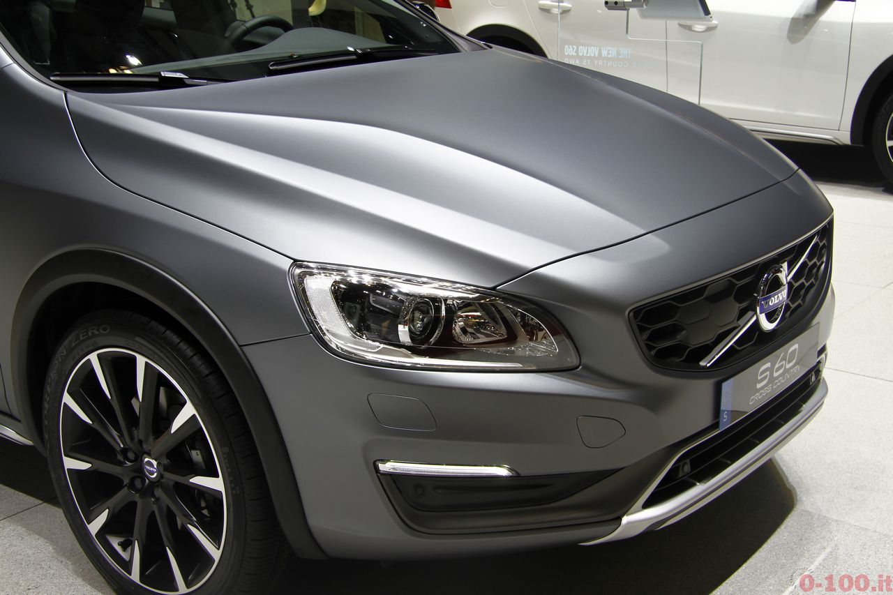 ginevra-geneva-2015-volvo-s60-v60-cross-country-0-100_7