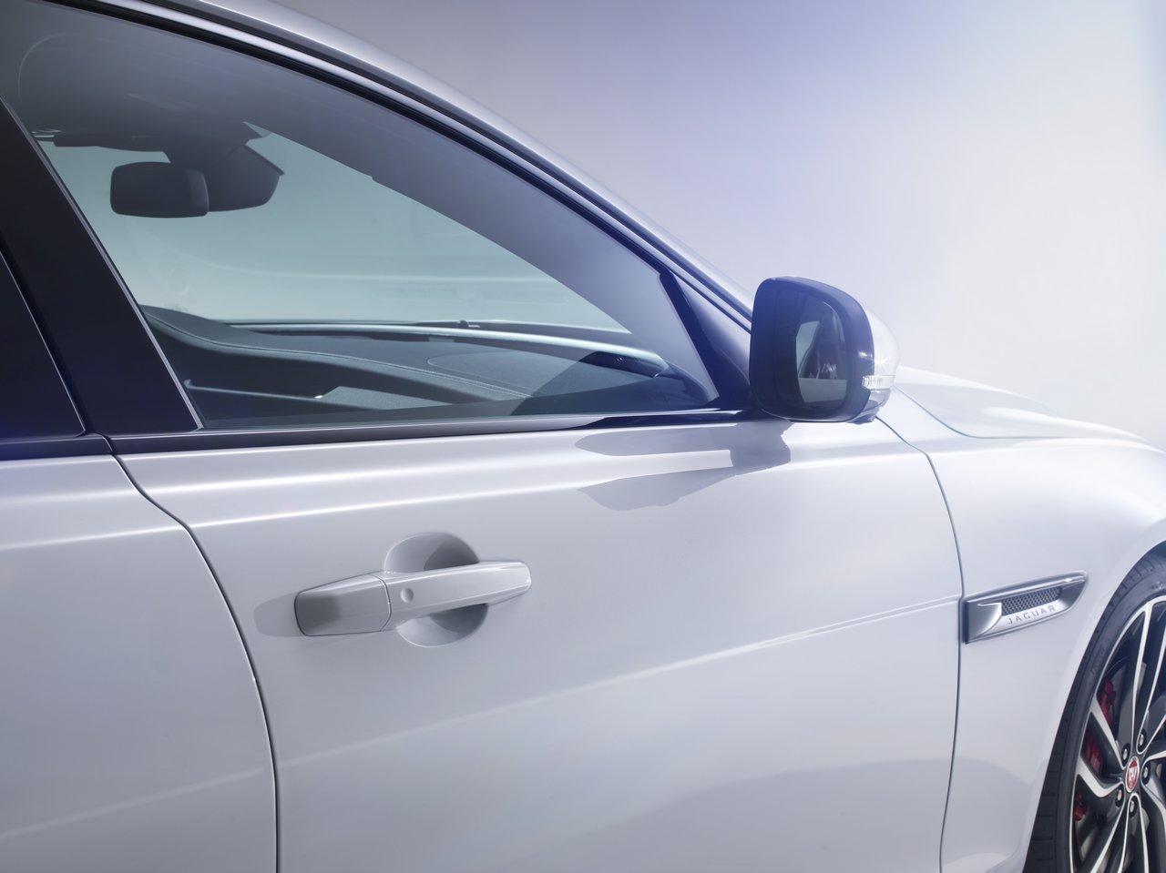 jaguar-xf-2015-prezzo_0-100_14