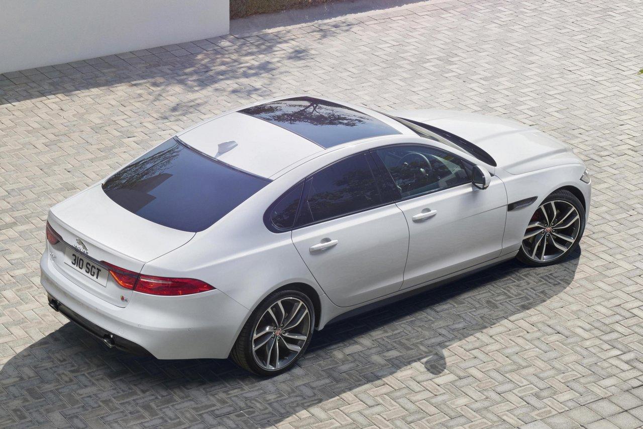jaguar-xf-2015-prezzo_0-100_9
