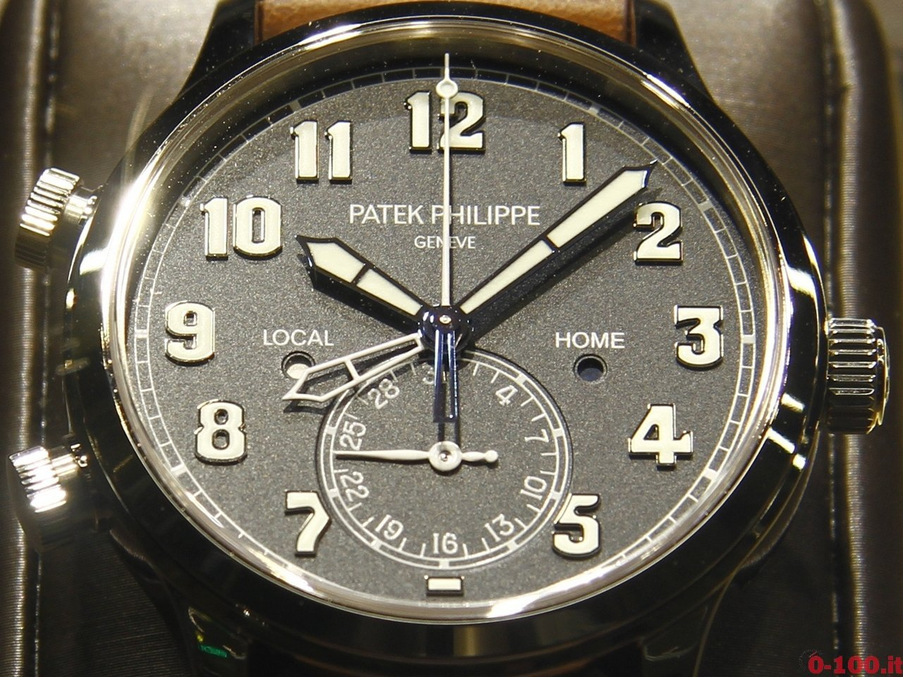 baselworld-2015-patek-philippe-calatrava-pilot-travel-time-0-100_3