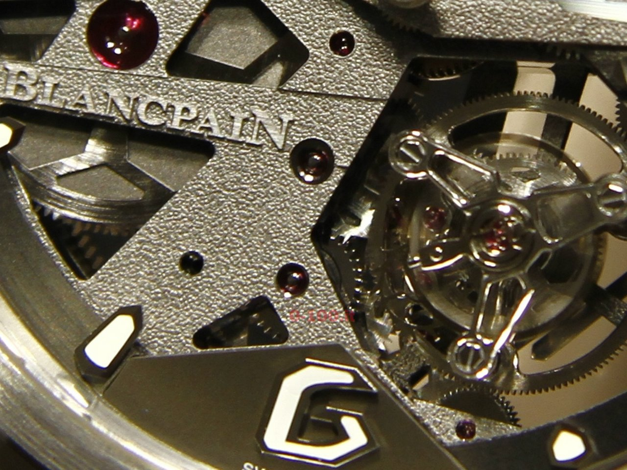 baselworld-2015_blancpain-l-evolution-caroussel-tourbillon-0-100-14