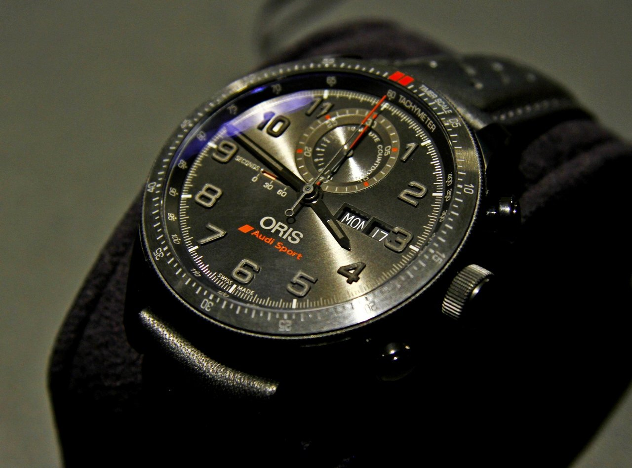 baselworld_2015-oris-audi-sport-limited-edition-II-0-100_2