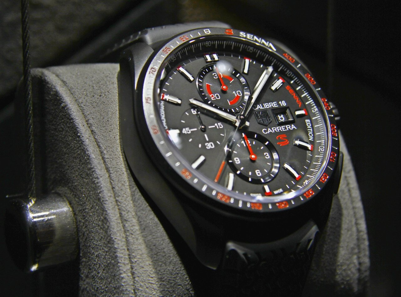 baselworld_2015-tag-heuer-calibre-16-chronograph-special-edition-senna-0-100_3