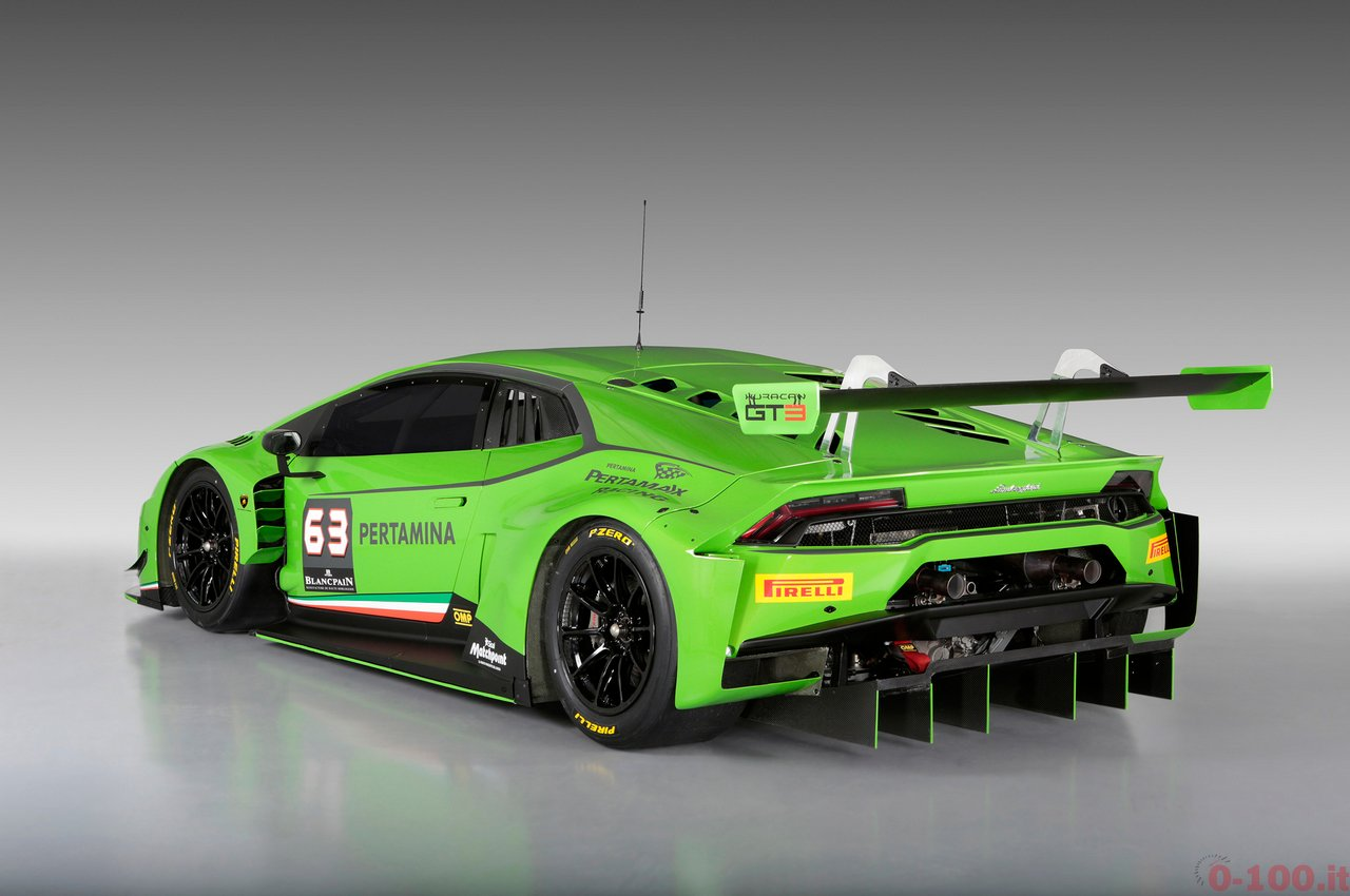 lamborghini-huracan-gt3-rear-three-quarter
