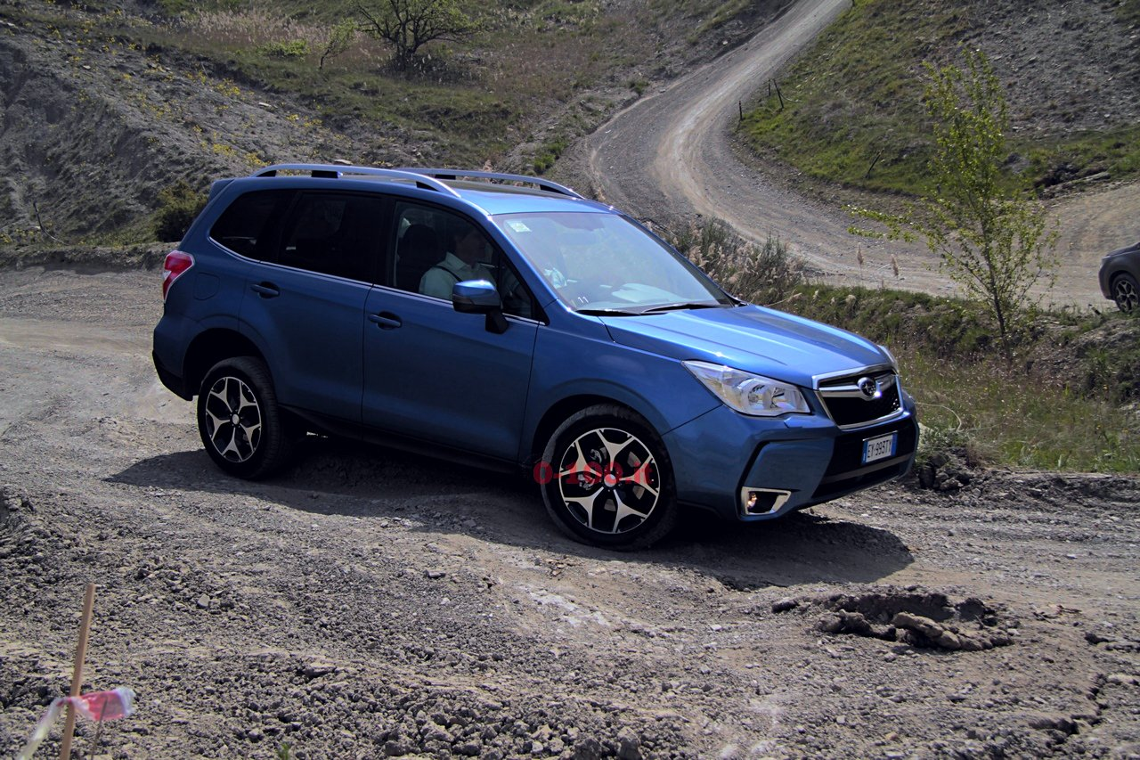 subaru-forester-2000d-lineartronic-modelyear-2015-25